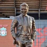 Памятник Дэвиду Мойесу установили букмекеры Paddy Power
